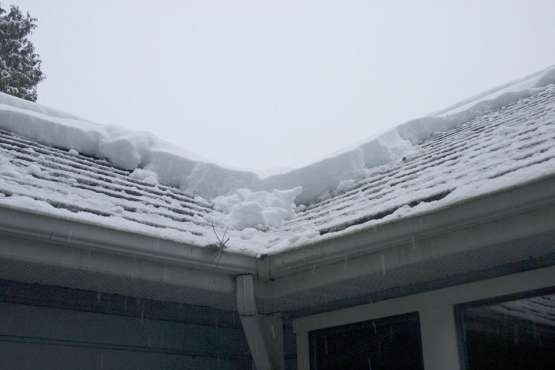 snow-on-front-roof